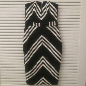 Strapless dress with deep v, boned necklinedress